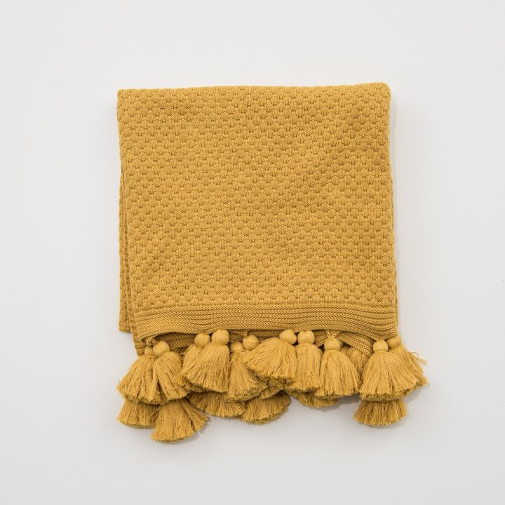 carlisle-tassel-throw-mus_1024x1024